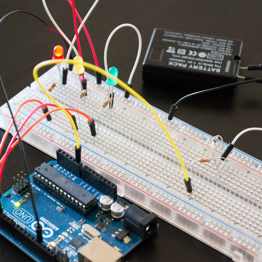 An Arduino Battery Tester Is The Perfect Project If You Find Beginner Electronic Circuits Yourself Constantly Needing To Test Batteries Green Fully Charged Yellow Half Charge