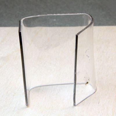 Bend Sheet Acrylic Or Plexiglass For Crafts Using Simple Tools In 2020 Plexiglass Plastic Sheets Acrylic Sheets