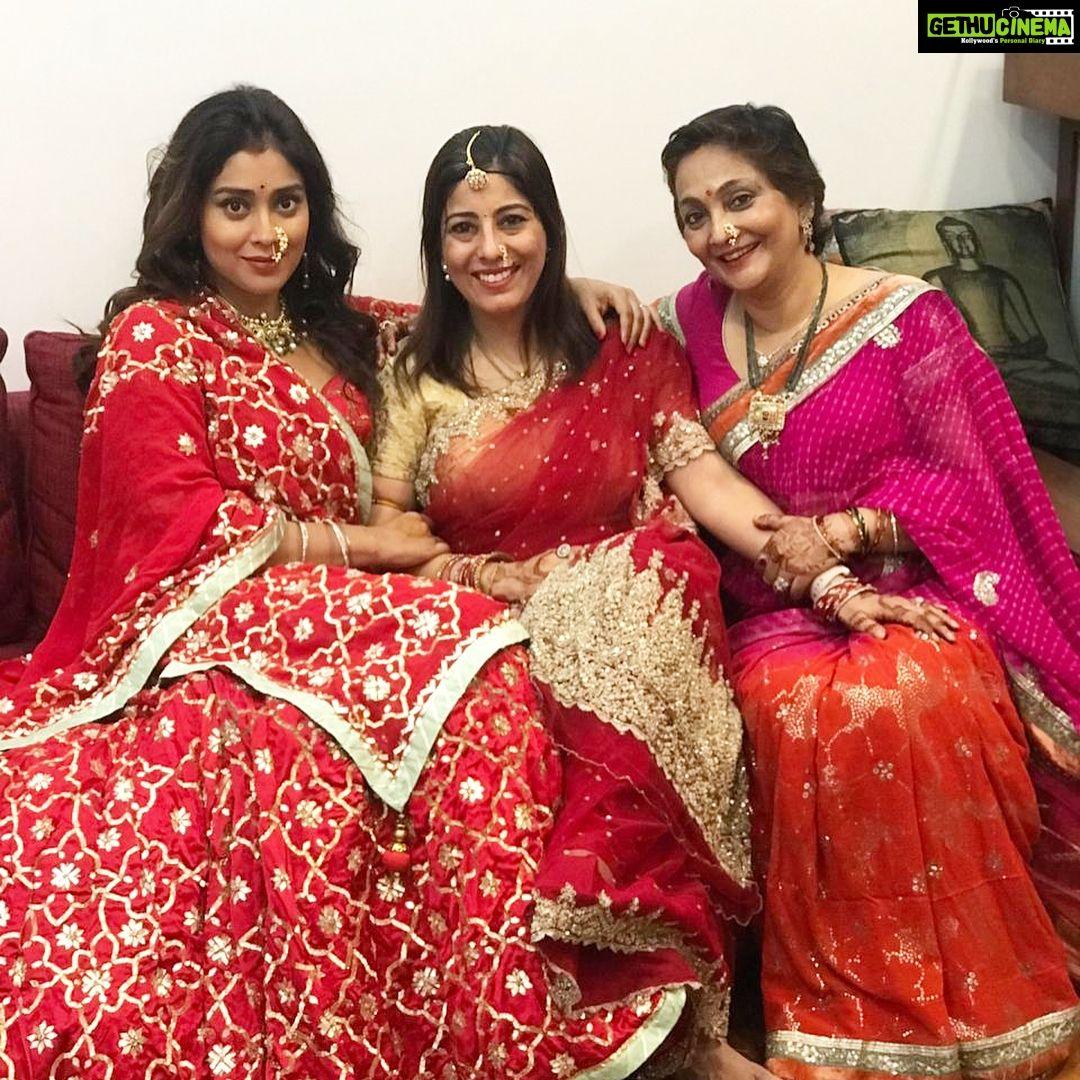 Actress Shriya Saran Latest Hd Pictures Gethu Cinema Actresses South Indian Actress Hd Picture