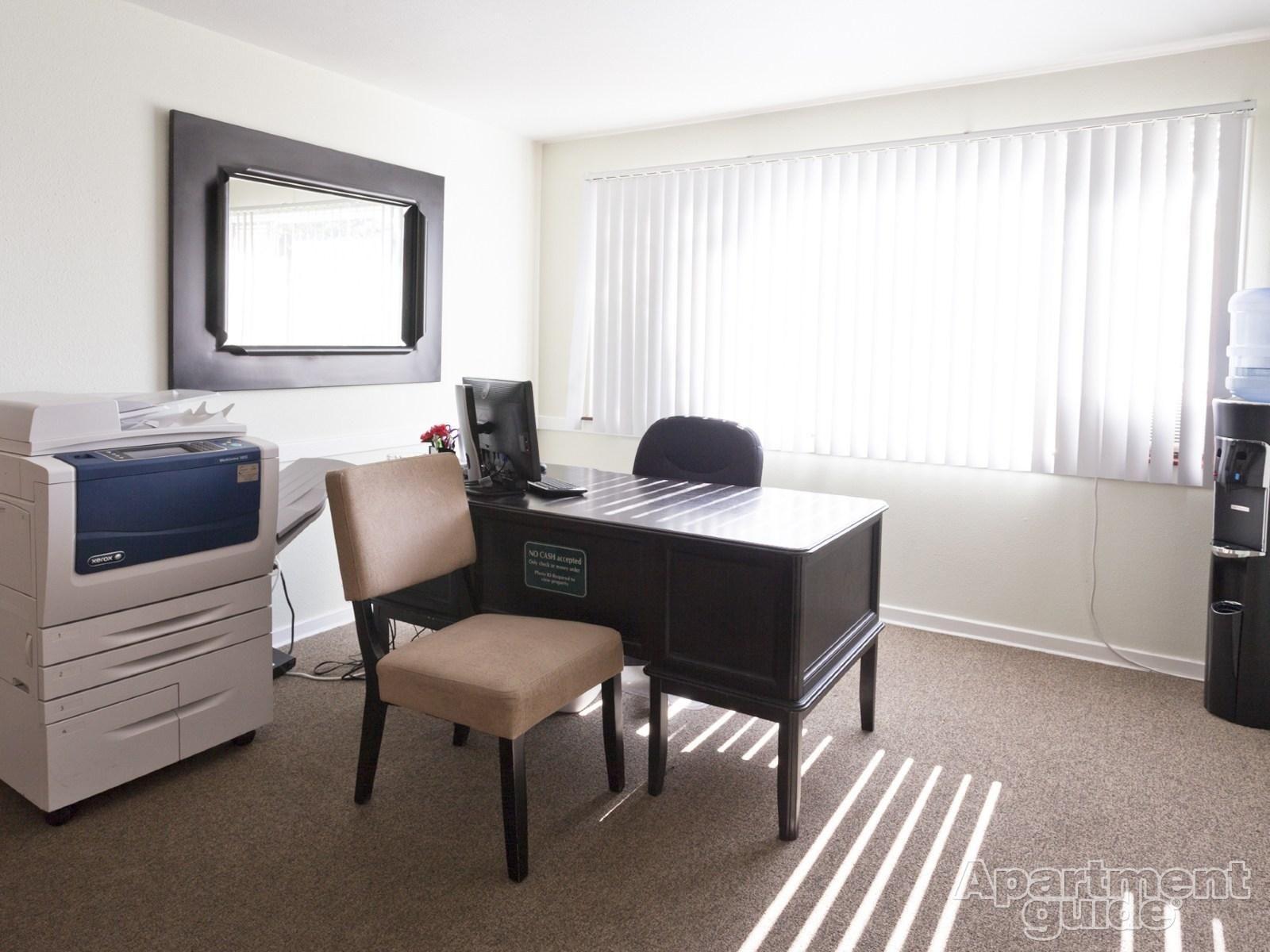Palmer Park Apartments House, Home decor, Home