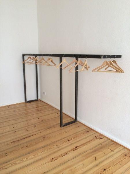 kleiderstange aus vierkantstahl in mitte berlin now on stuffle ideen pinte. Black Bedroom Furniture Sets. Home Design Ideas