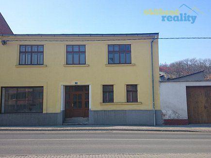 http://www.oblibenereality.cz/reality/prodej-rodinny-dum-350m2-ov-odry-0801