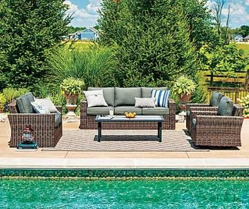 Resort Style Patio Furniture