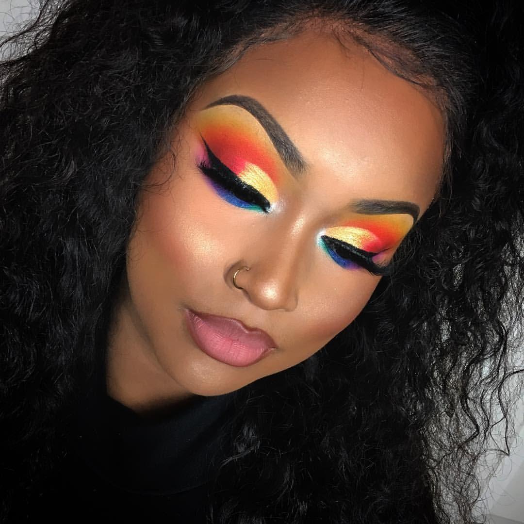 Soo vibrant EYES • thecrayoncase box of crayons eyeshadow