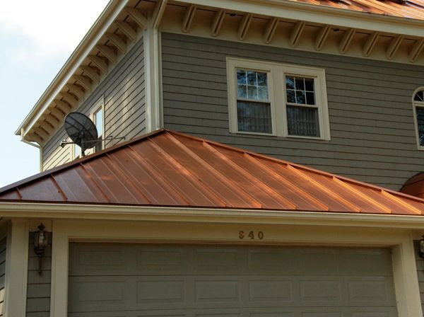 Copper Penny Roof Photos Melchers Green Snaplock Roofing Panel With White Siding What A Great