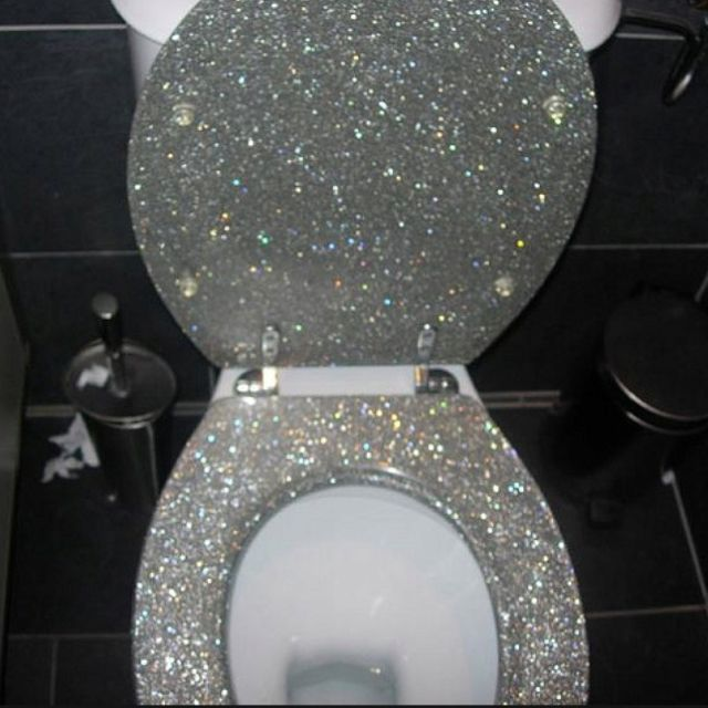 The 25 best ideas about silver toilet seats on pinterest for Black bling bathroom accessories