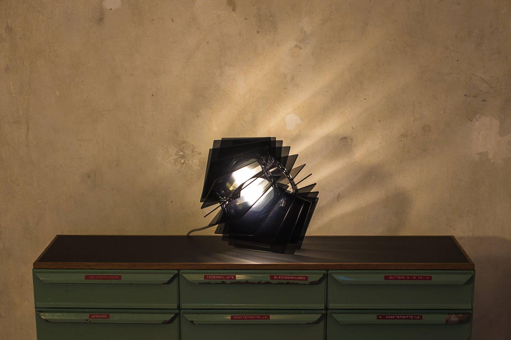 Schlichte Lampe, Klassisch modern, schwarze Esszimmer ...