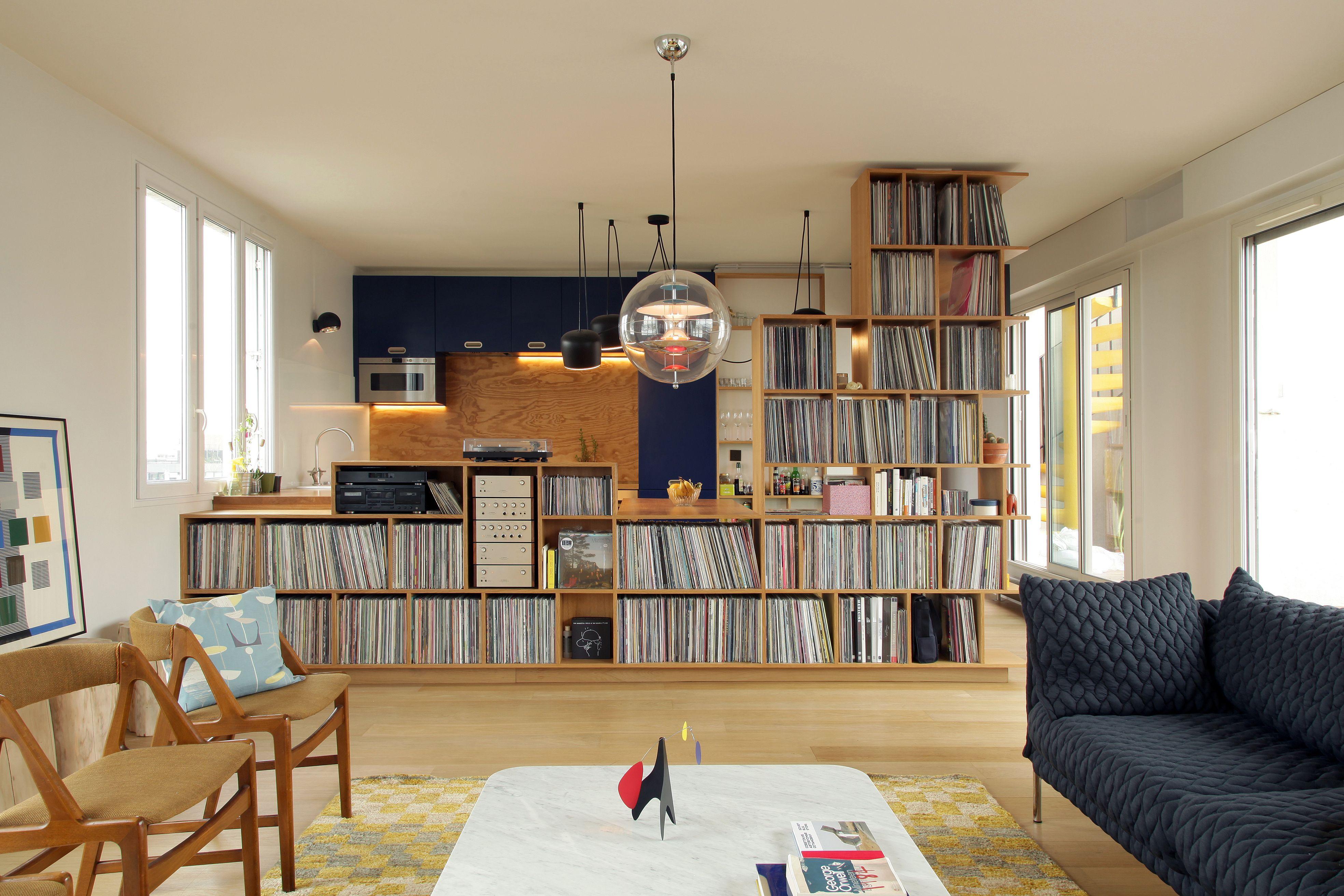 r novation appartement paris 105m2 meuble sur mesure rangement vinyles canap moroso. Black Bedroom Furniture Sets. Home Design Ideas