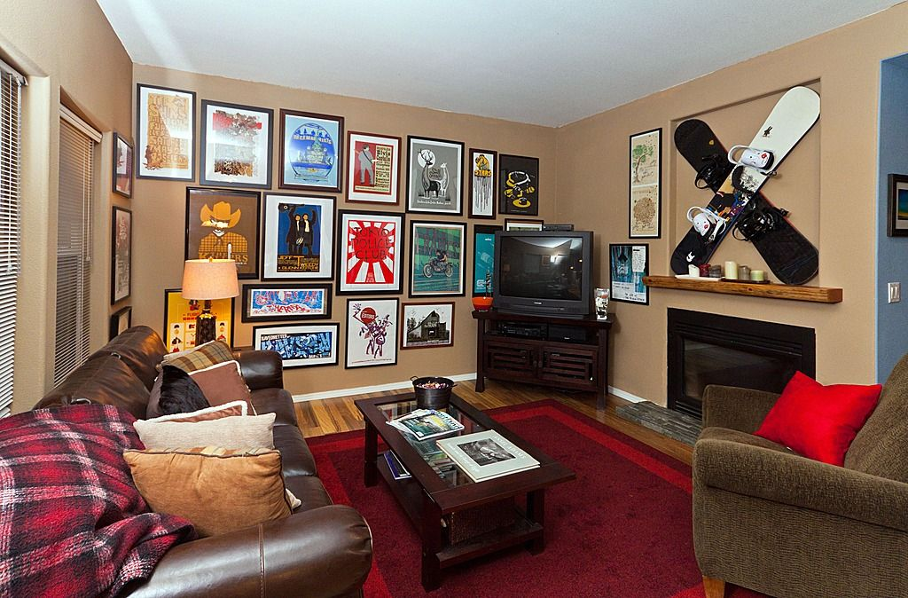 How To Create A Gallery Wall In Your Home Game Room Decor Game Room Room Wall Decor