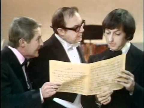 Morecambe and Wise - Andre Previn (The full sketch