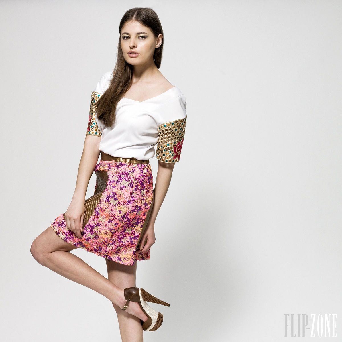 Sara Melki - Ready-to-Wear - Spring-summer 2013 - http://www.flip-zone.net/fashion/ready-to-wear/independant-designers/sara-melki-4082