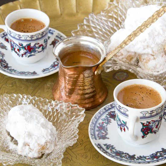 No-butter Greek Almond Crescents (Kourabiedes) traditional Christmas treat in Greece. (in Greek/English)