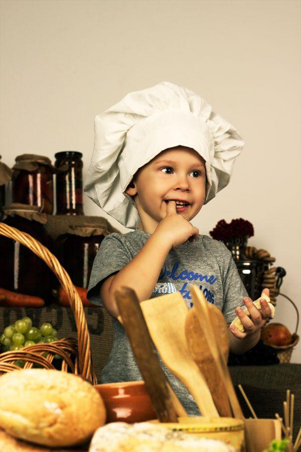 Atelier cuisine votre enfant apprendra cuisiner de bonnes recettes avec des l gumes de saison - Cuisiner avec son enfant ...
