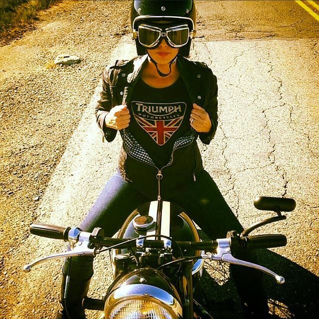 triumph biker girl pinterest motorcycle bike and triumph motorcycles. Black Bedroom Furniture Sets. Home Design Ideas