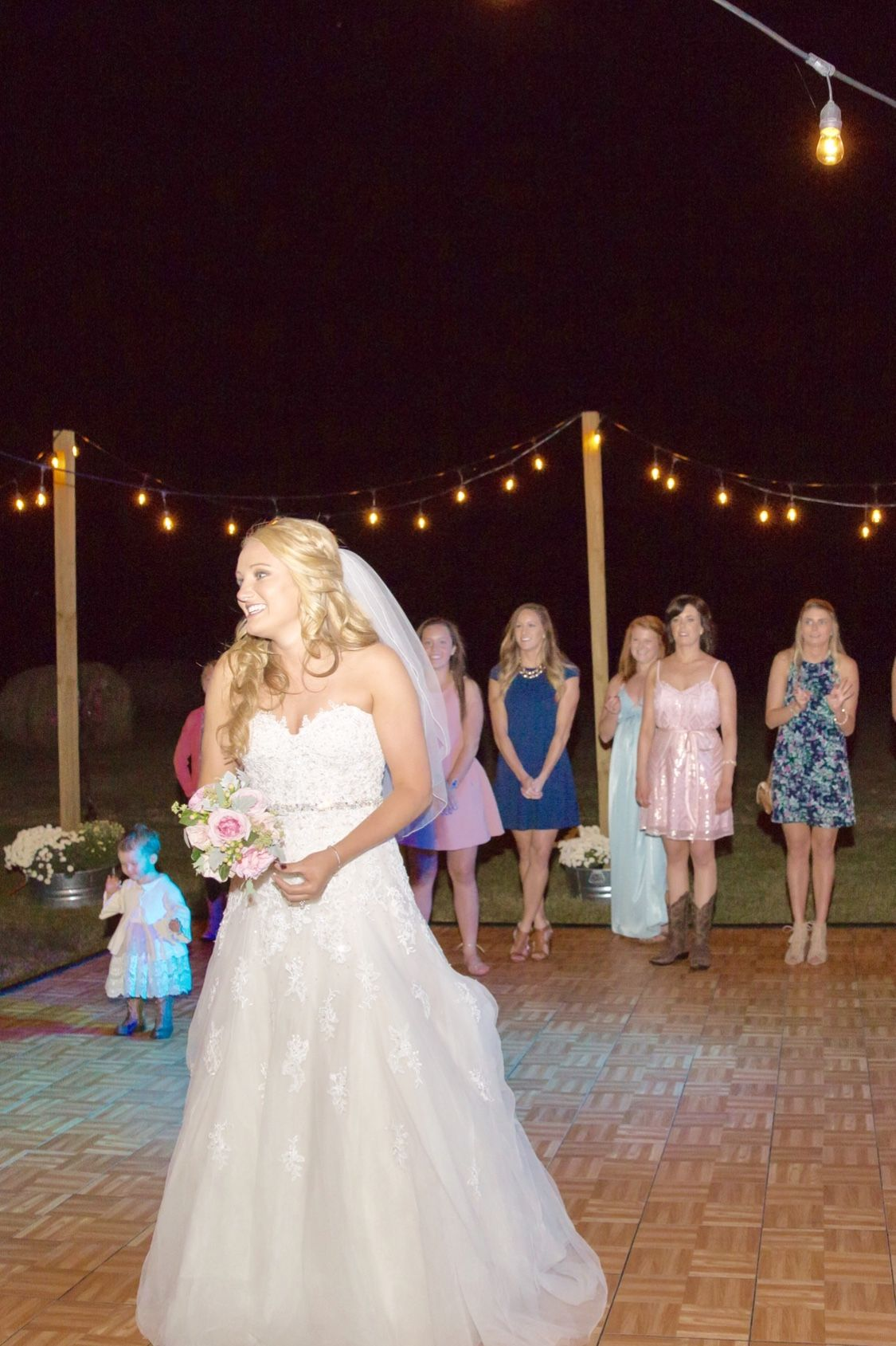 Tossing The Bouquet And Garter Wedding Tradition At So Many Weddings Young Wedding Wedding Attire Guest Wedding