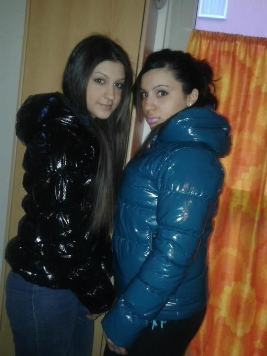 6aa02679 Videos and images of sexy girls wearing puffy and shiny down jackets and  coats.
