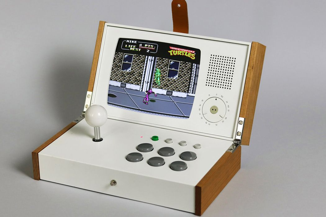 Retro console в стиле аркадного игрового автомата игровые автоматы играть бесплатно алхимик