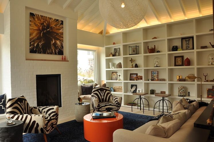Eclectic Family Room by Ian Stallings #walldecor #interiors