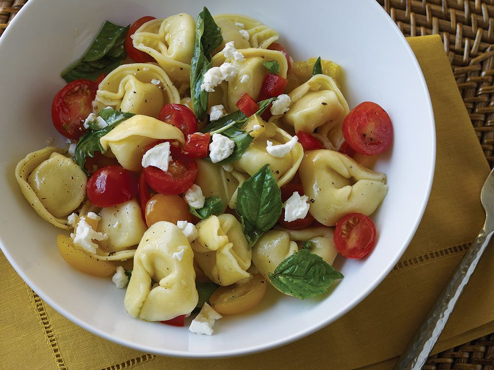 Spinach Cheese Tortellini With Cherry Tomatoes And Feta Cheese Three Bridges Delicious Healthy Recipes Nutrition Recipes Recipes