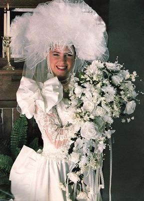10 hilariously 80s wedding dresses the 80s pinterest wedding 10 hilariously 80s wedding dresses junglespirit Gallery