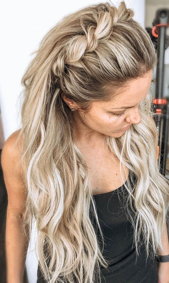 Photo of Best Half Up Half Down Hairstyles For Everyday To Special Occasion