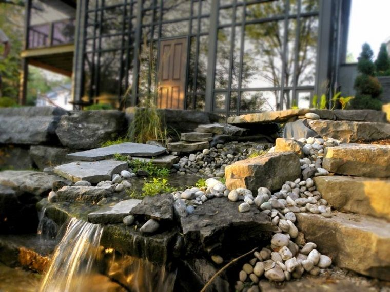 Cascate Da Giardino Moderne : Fontane da giardino una soluzione a cascata cascate da giardino