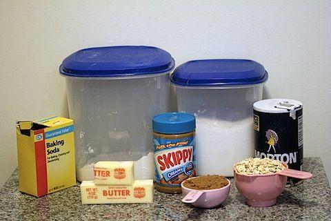 Peanut Butter Sandwich Cookies (Copy Cat Dos-Si-Dos)
