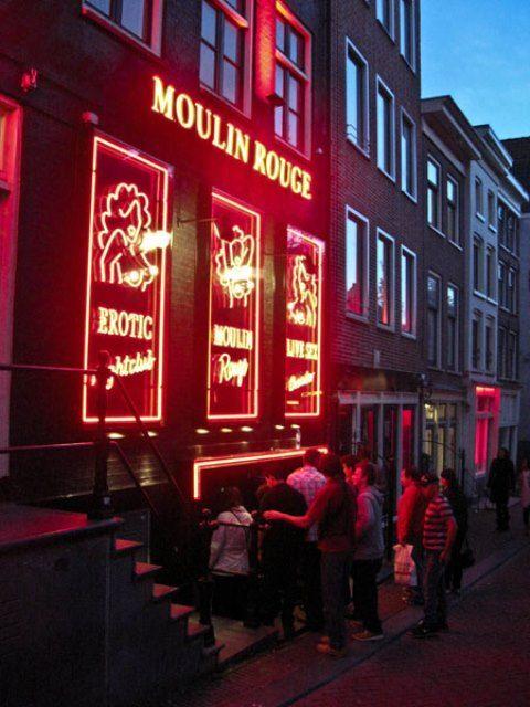 Red Light District In Amsterdam 23 Pics Amsterdam Nederland