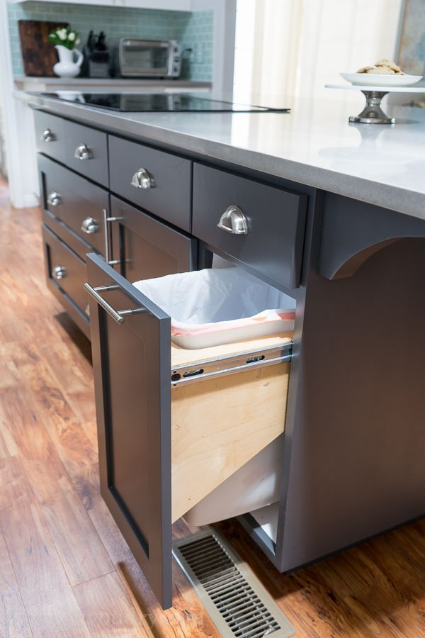Pull out trash can!   Kitchen cabinet remodel, Diy kitchen ...