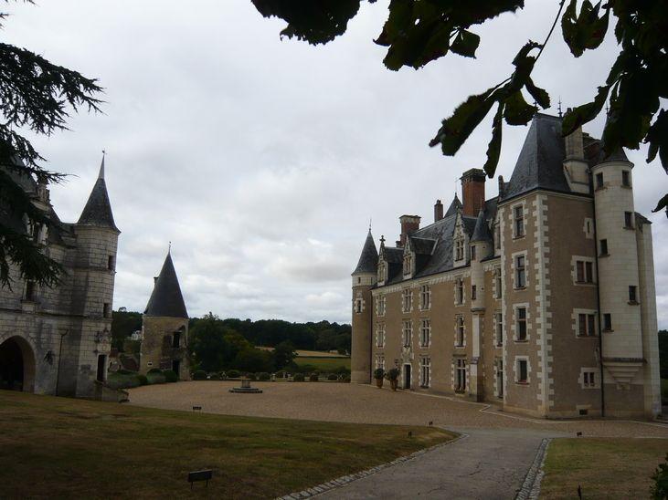 Céré-la-Ronde, Château de Montpoupon