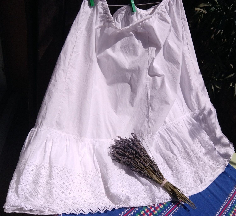Victorian Petticoat Eyelet Lace Trim Lined Handmade Long Wide White Cotton Skirt Costume Wedding Medium Large #sophieladydeparis