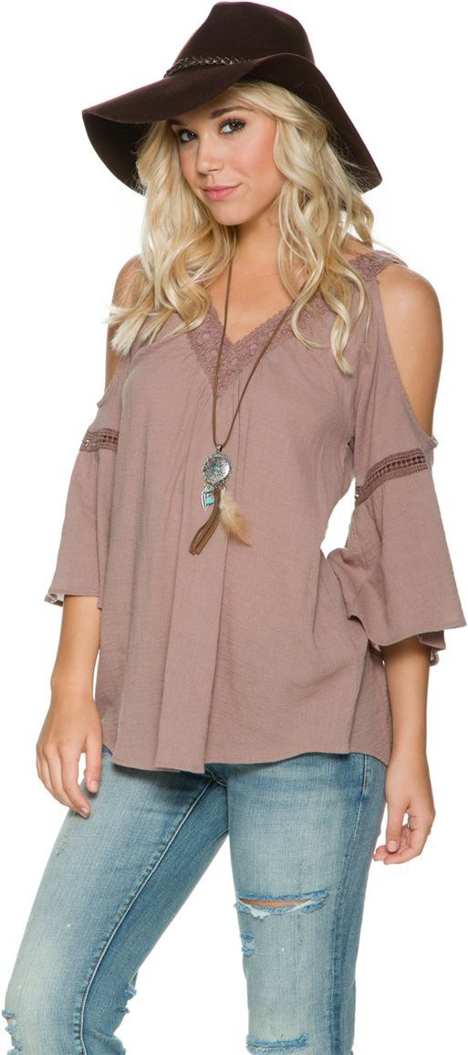 SWELL AMORE COLD SHOULDER PEASANT TOP