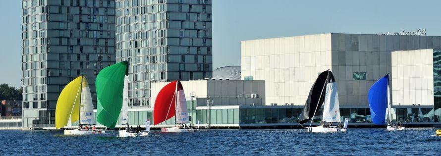 Het Weerwater en de Esplanade staan in het weekend van 12 t/m 14 mei in het teken van Eredivisie Zeilen.