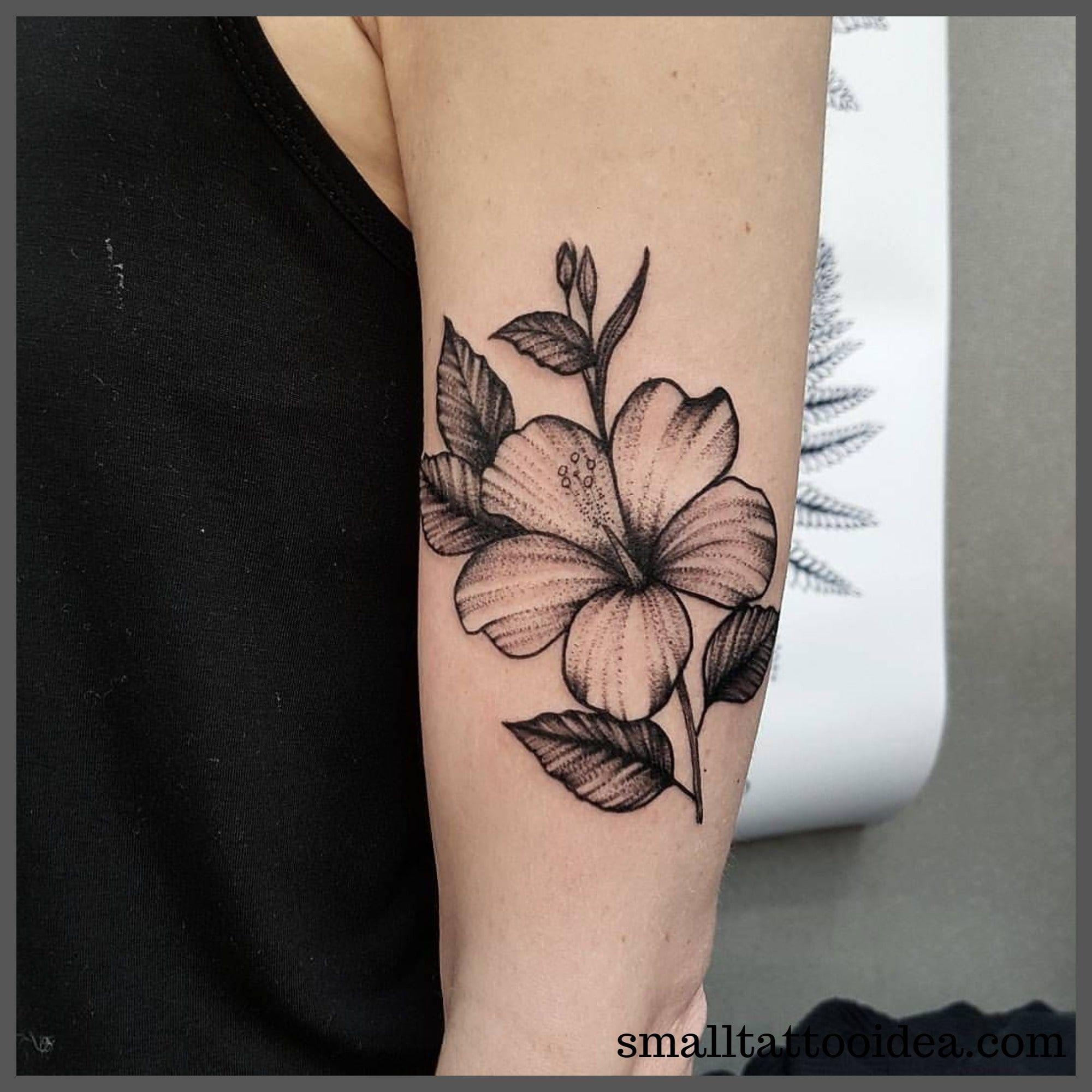 25 Coolest Hibiscus Tattoo Ideas For Women Tattoo Dovme Sanatcilari Erkek Dovmeleri Dovme Fikirleri