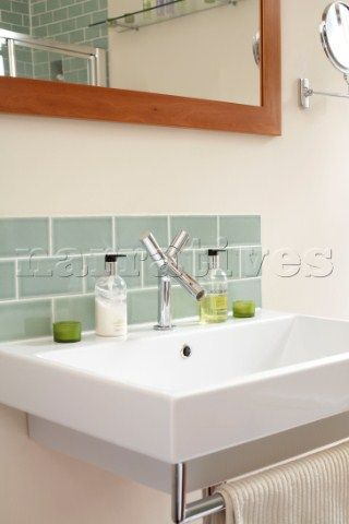 Basin splashback google search bathroom design ideas for Sink splashback ideas