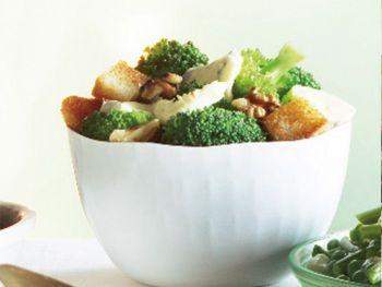 Broccoli met walnoten en blauwe kaas - Bijgerecht - Hoogvliet websuper