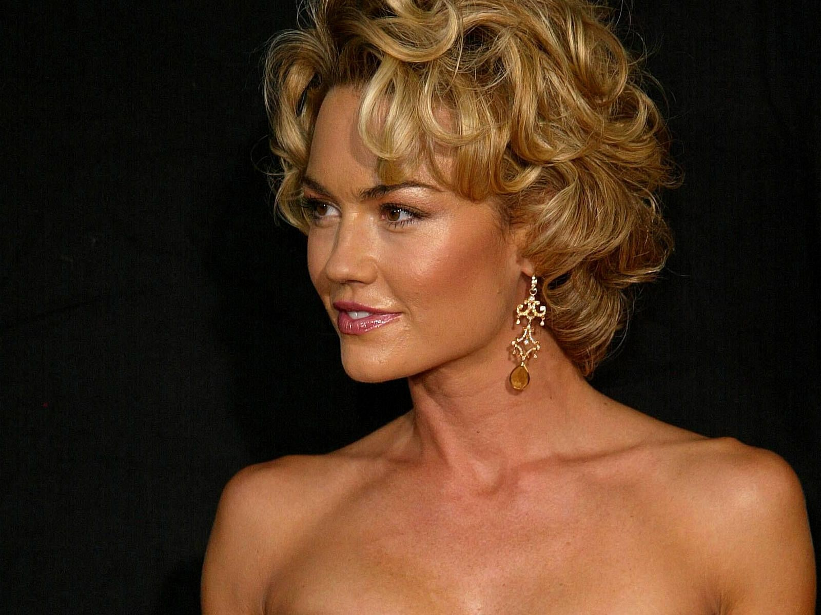 kelly carlson wikikelly carlson 2016, kelly carlson wdw, kelly carlson imdb, kelly carlson photo, kelly carlson instagram, kelly carlson official instagram, kelly carlson, kelly carlson 2015, kelly carlson husband, kelly carlson twitter, kelly carlson wiki, kelly carlson married, kelly carlson net worth