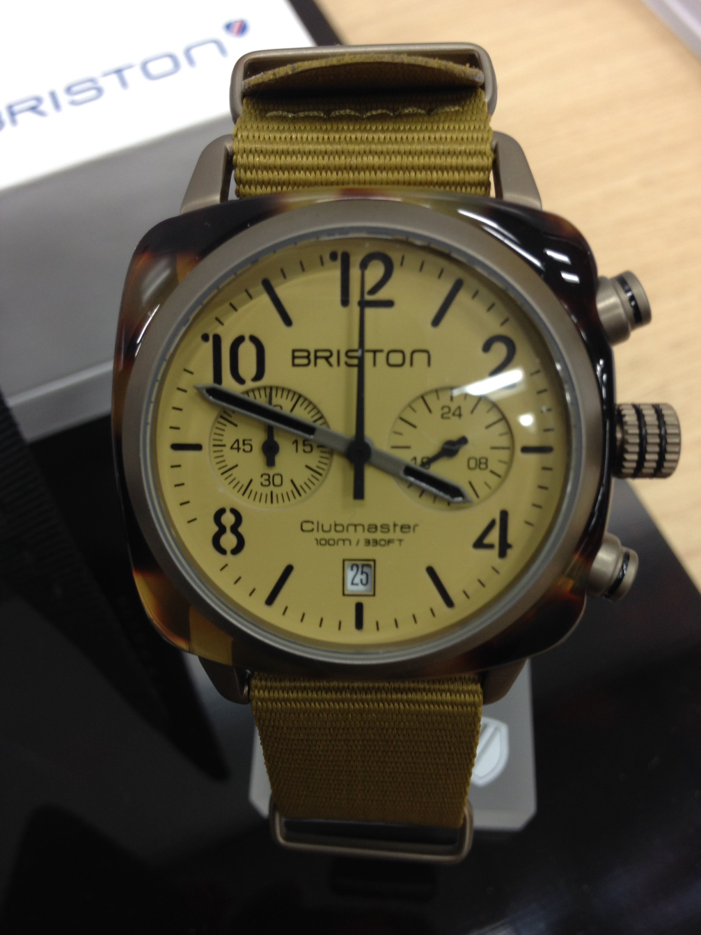 フランスのブランドなのに英国風がテーマの時計ブランドブリストンのクロノグラフがかっこいい