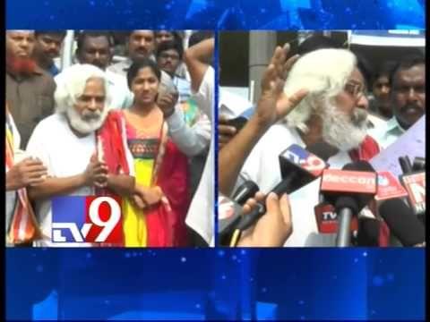 Will statehood solve Telangana's land water issues, asks Gaddar