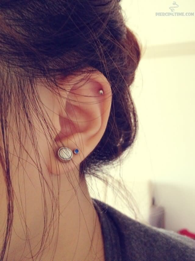 Double Lobe And Inner Pinna Piercing | m o d | Pinterest ...