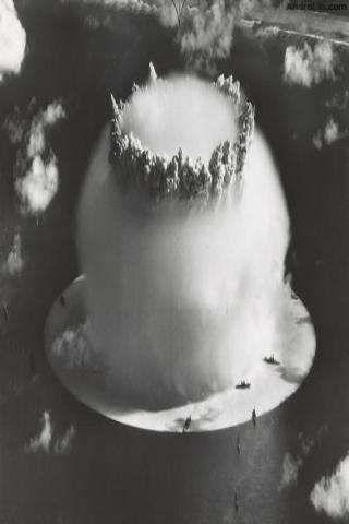 d433117496 hydrogen bomb explosion bikini atoll