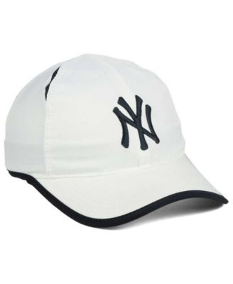 Nike New York Yankees Dri-fit Featherlight Adjustable Cap - White Adjustable 3298a0dd7a4f