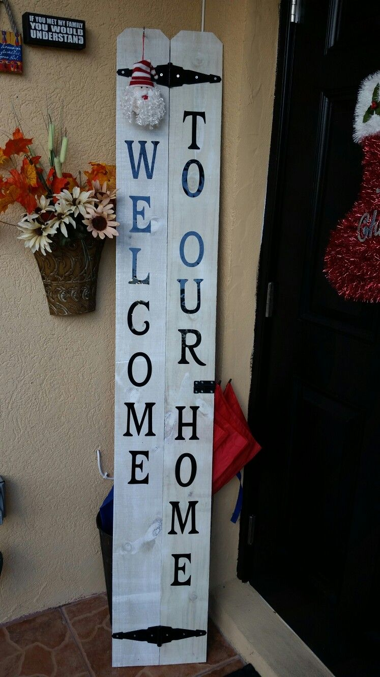 2 Pockets 2 White Spray Cans 1 Spray Sealant Vinyl Letters And 2 Gate Locks All Found At Home Depot Vinyl Lettering Ladder Decor Home Depot