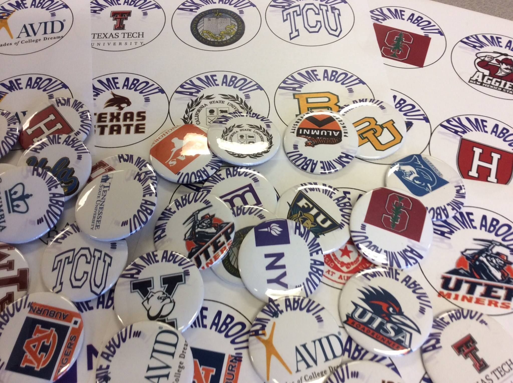 Students From Sun Ridge Middle School Made Buttons That