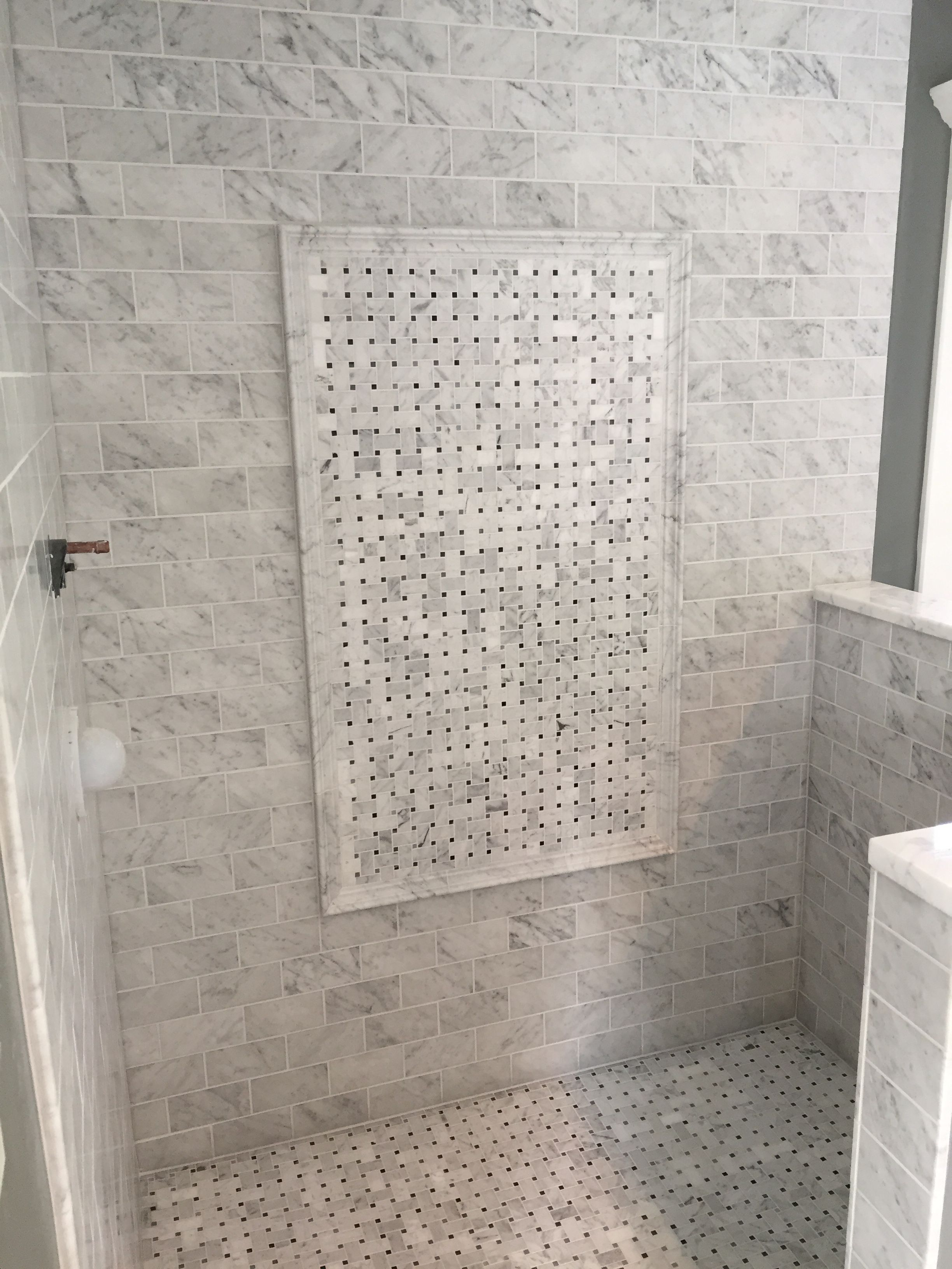 Bianco carrara 3 x6 wall tiles with basketweave feature - Carrara marble floor tile bathroom ...