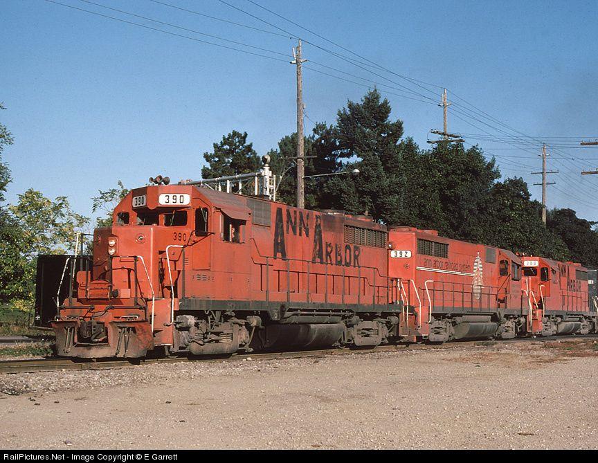 AA390 Ann Arbor Railroad EMD GP35 at Ann Arbor, Michigan