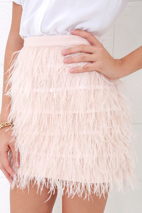 460426e131 Fly High Blush Pink Feather Mini Skirt in 2019 | Style | Mini skirts ...