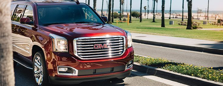 Safety Technologies Standard On Slt Side Blind Zone Alert With Lane Change Alert Lane Keep Assist Rear Cross Traffic Alert Forwar Gmc Yukon Gmc Full Size Suv