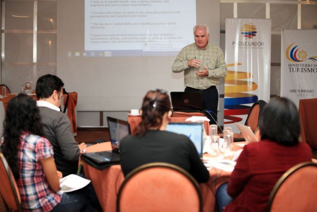 Workshop tourism in Ecuador
