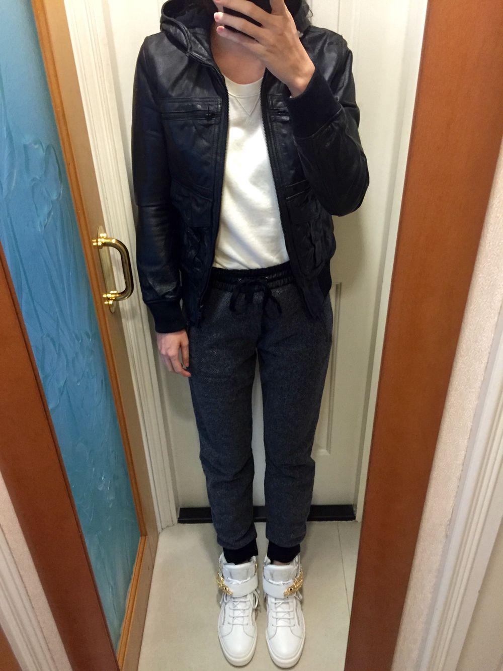 Leather jacket uniqlo - Hysteric Glamour Leather Jacket Uniqlo Sweatshirt Zara Tweed Sweatpants Giuseppe Zanotti White High